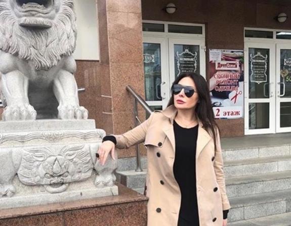 """Соседка Бочкарёвой рассказала о возможном """"срыве"""" актрисы после скандала о задержании"""