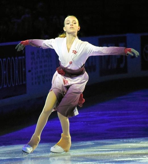 В сети обсуждают показательный танец Анны Щербаковой, победившей с двумя  четверными  лутцами  на турнире в Лас-Вегасе