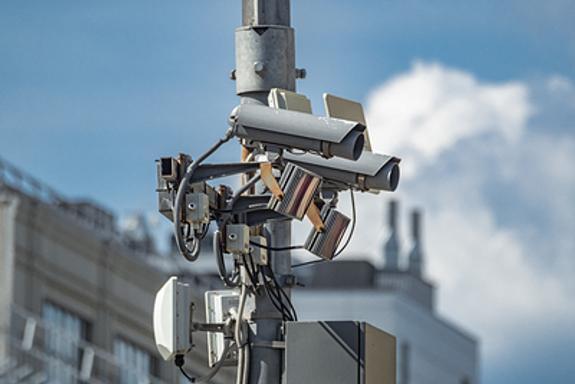 МВД  оснастит в Москве все видеокамеры наблюдения функцией распознавания лиц