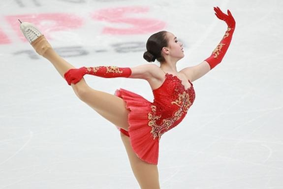 Алена Косторная получила 236 баллов по итогам двух программ на Гран-при в Гренобле. Победила