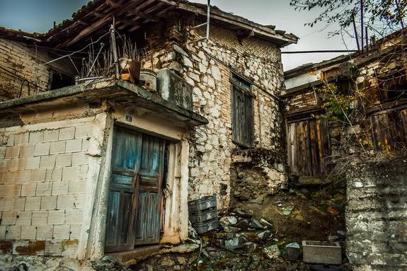 СМИ: ремонт ветхого жилья  предложили делать за счет граждан