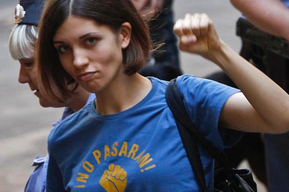 Надежда Толоконникова: панк-молебен, тюремный срок, защита заключённых