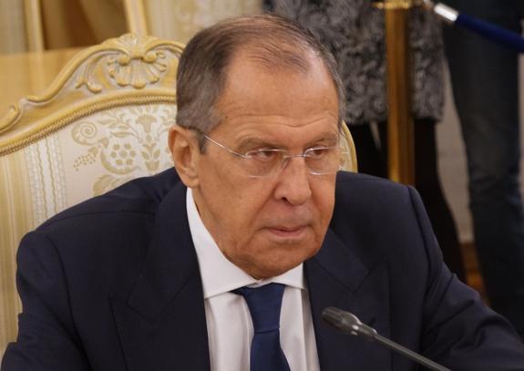 Лавров заявил, что Россия не намерена отказываться от ядерного оружия