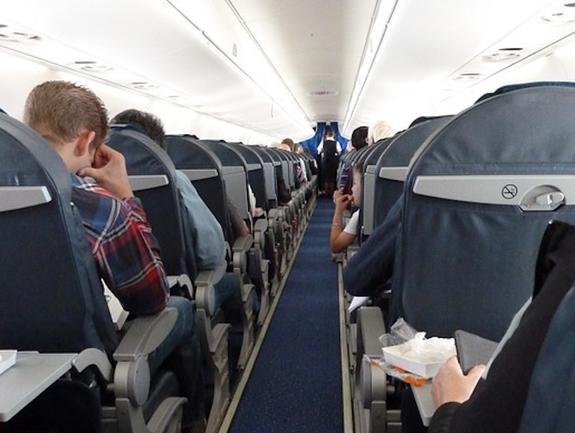 Самолет совершил вынужденную посадку в Самаре из-за смерти пассажира