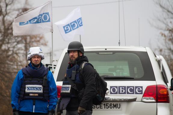 Заинтересованные в продолжении войны на востоке Украины силы раскрыл политолог