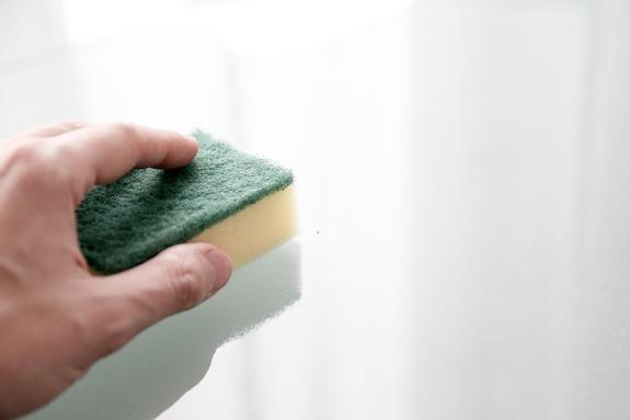 В Роспотребнадзоре сообщили об опасности кухонных губок