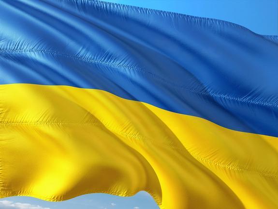 В Одессе неизвестные облили краской и исписали мемориальную доску Жукову