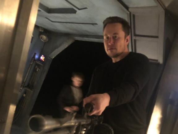 Зам Рогозина признался, что ему запрещено цитировать Маска