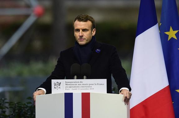 Макрон вызывает дух Наполеона, чтобы помириться с Москвой