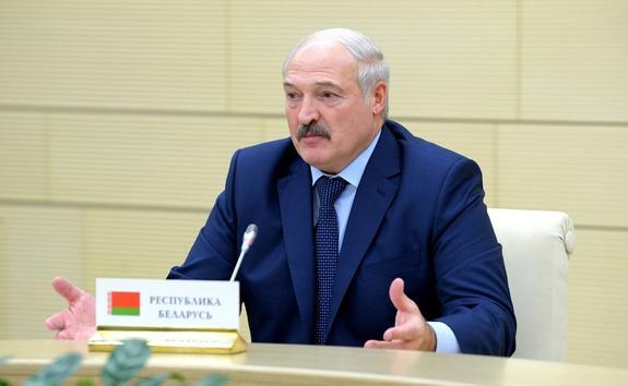 """Лукашенко отчитал Польшу за совершение """"грубейшей ошибки"""" в отношении Путина"""