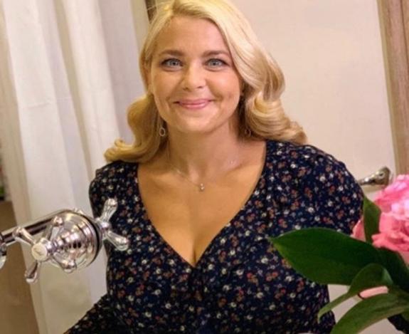 """""""Долой толстый живот и попу"""", - 41-летняя Пегова нашла современный метод борьбы с лишним весом"""
