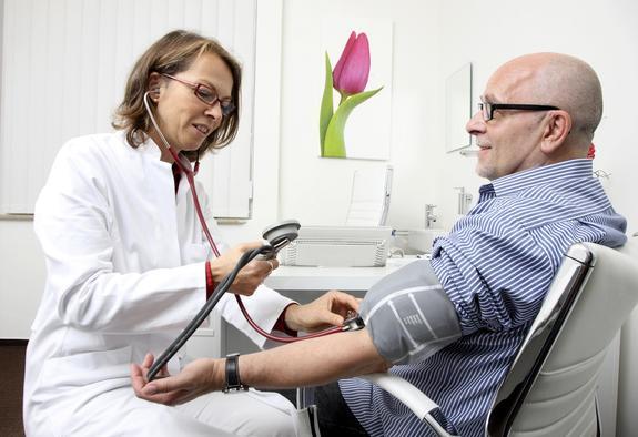 Пять опасных для здоровья гипертоников продуктов назвали медицинские эксперты