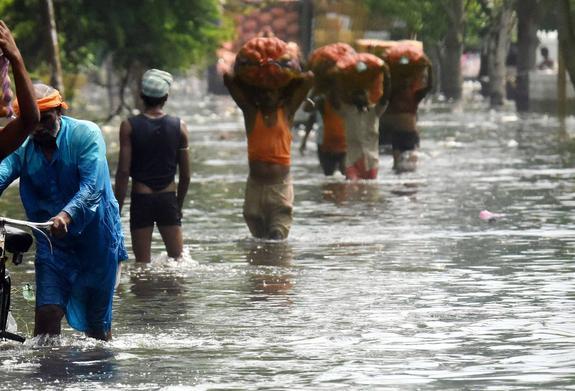 Жертвами наводнения в Индии стали 25 человек