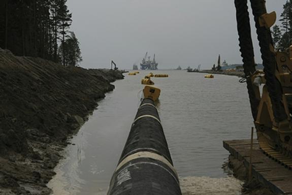 """Эксперт прокомментировал """"санкционный трюк"""" США против газопровода """"Северный поток-2"""""""
