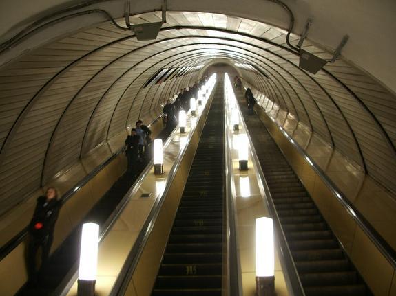 В метро  объяснили наличие камер в кабинках туалетов