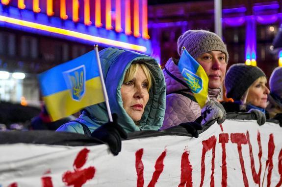 Вероятный срок потери Украиной остатков суверенитета рассчитал киевский аналитик