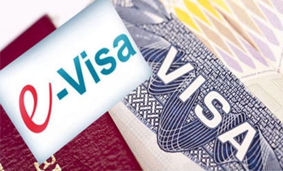 Посольство РФ в Эстонии: У большинства заявителей никаких проблем с электронными визами не возникает