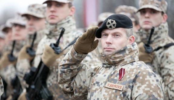 Министр обороны Латвии о необходимости продления военной миссии в Ираке