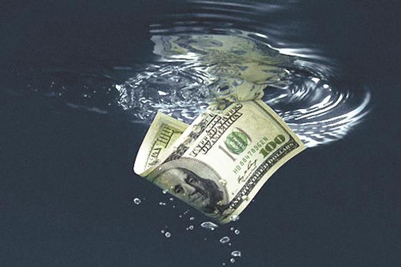 Деньги россиян «утекают» вместе с нефтью