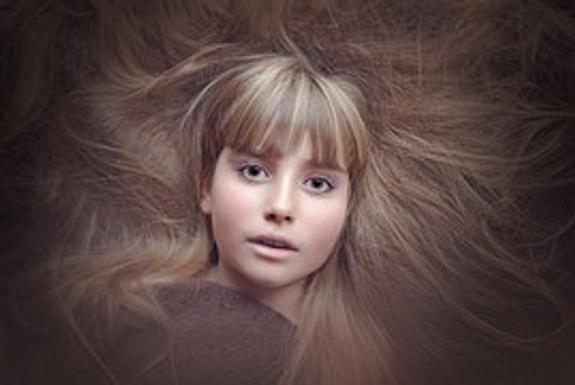 Мумия девочки, умершей 300 лет назад, неожиданно открыла глаза (ВИДЕО)