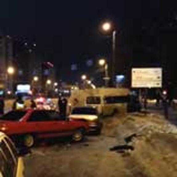 В Челябинске из-за коммунальной аварии произошло массовое ДТП