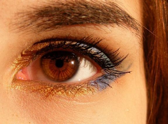 Ученые научились определять болезни по глазам