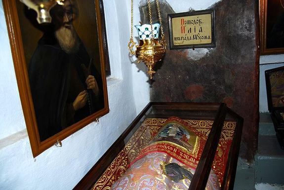 В Петербург привезли мощи Илии Муромца и частицу Гроба Господня
