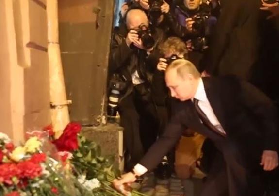 Путин и Бастрыкин прибыли в Петербург на место теракта (ВИДЕО)