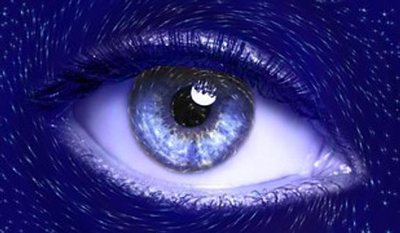 На Камчатке женщина ослепла после процедуры в салоне красоты