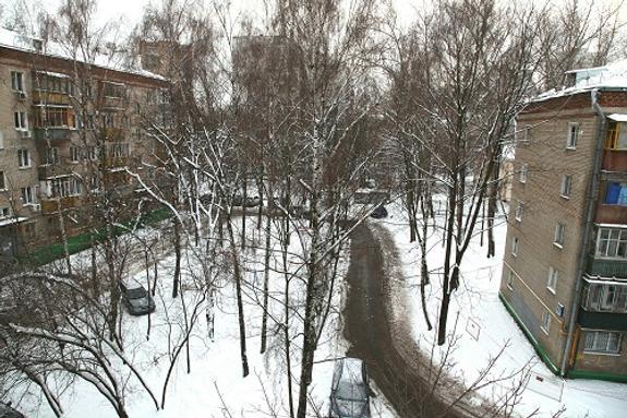 Зюганов предложил снести пятиэтажки по всей России