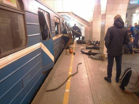 На причастность к теракту проверяют еще одного пассажира
