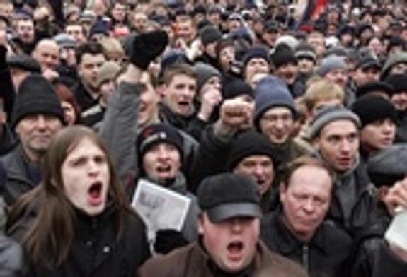После теракта в метро в Госдуме предложили ввести мораторий на митинги