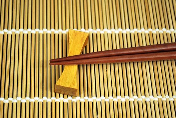 Житель Китая совершил три убийства палочками для суши