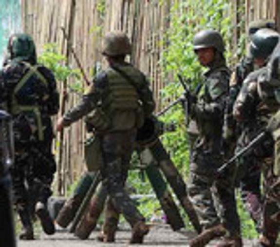 Филиппинские военные ошиблись и нанесли удар по своим войскам