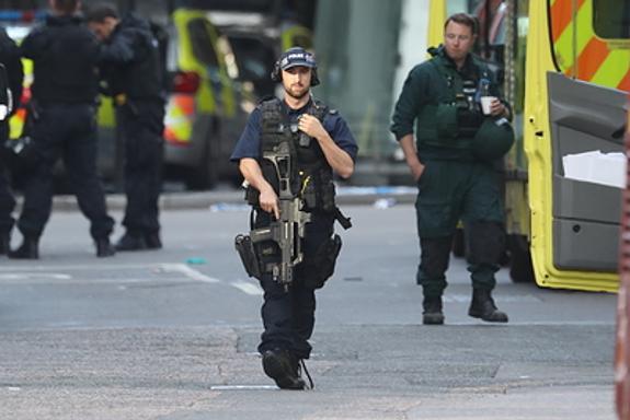 Президент США призвал перестать быть политкорректными после лондонских терактов