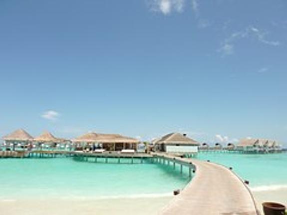 Власти Мальдив объявили о разрыве дипотношений с Катаром