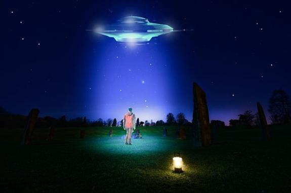 Приземлившиеся в Краснодаре семиметровые инопланетяне исчезли
