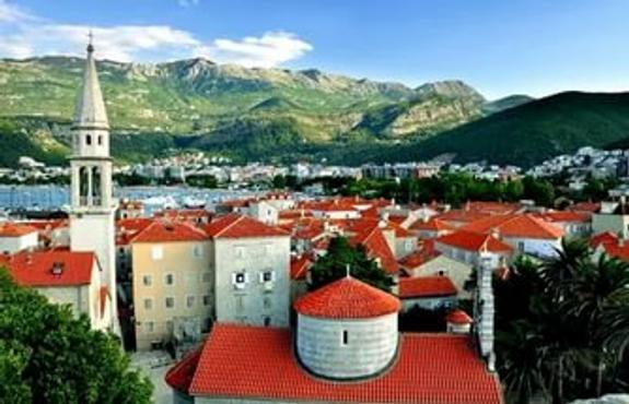 В Госдуме считают угрозой против России вступление Черногории в НАТО