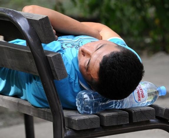 ВОЗ посоветовала подросткам больше спать, чтобы не полнеть