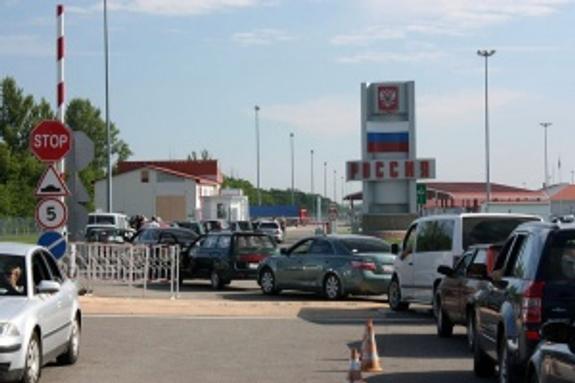На крымско-украинской границе продают очередь