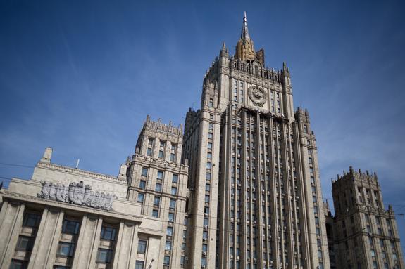 Сотрудники посольства США покинули дачу в Серебряном Бору в отведенный срок