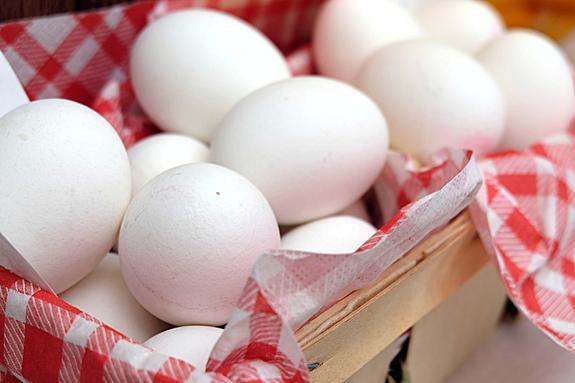Китай намерен поставлять в РФ цыплят и яйца