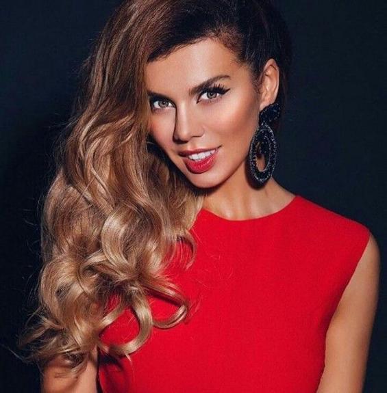 Куда исчезла певица Анна Седокова?