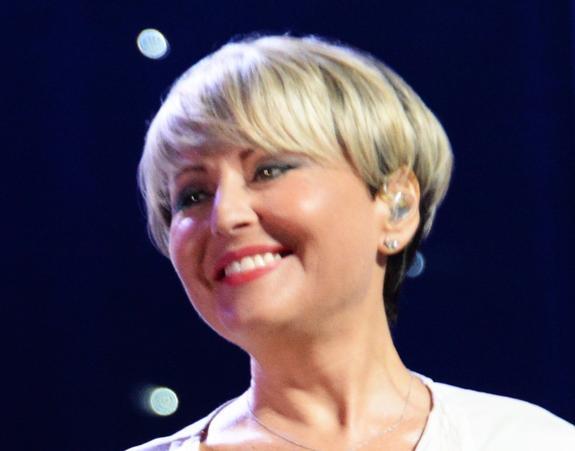 Певица Анжелика Варум не хочет, чтобы ее дочь выходила замуж
