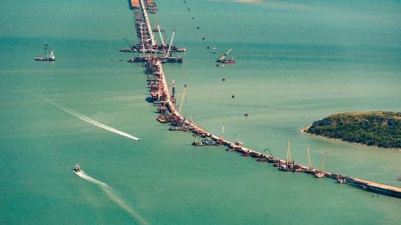 Украина отказывается верить в строительство моста через Керченский пролив