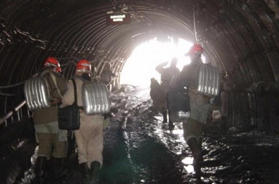 "В ""Алросе"" назвали причину аварии на руднике ""Мир"""