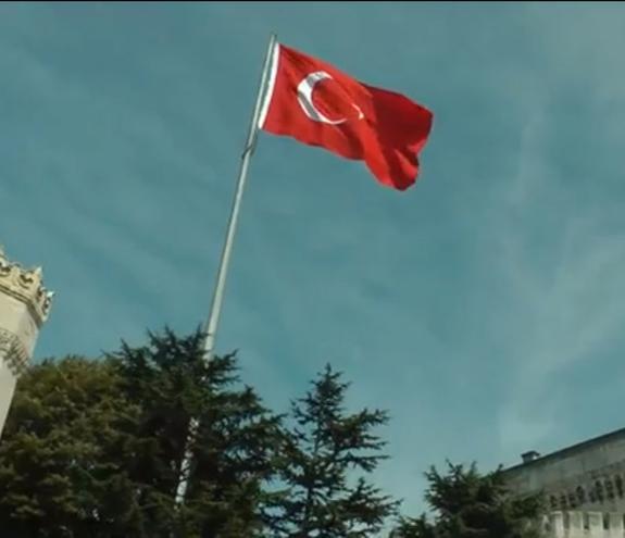 Турция перебросила к границе с Сирией гаубицы и танк