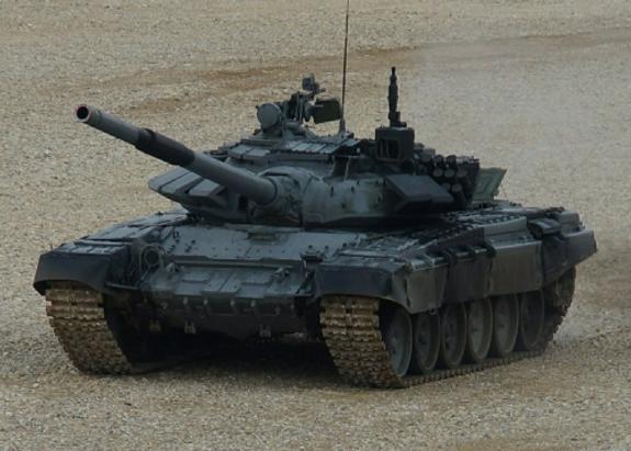 """Петр Порошенко похвастался танком Т-72 с """"Ножом"""""""