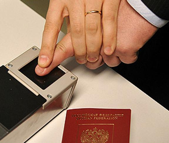 В Киеве назвали дату введения биометрического контроля для россиян