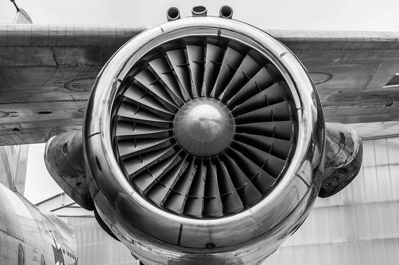 В подмосковной Балашихе разбился самолет, есть жертвы